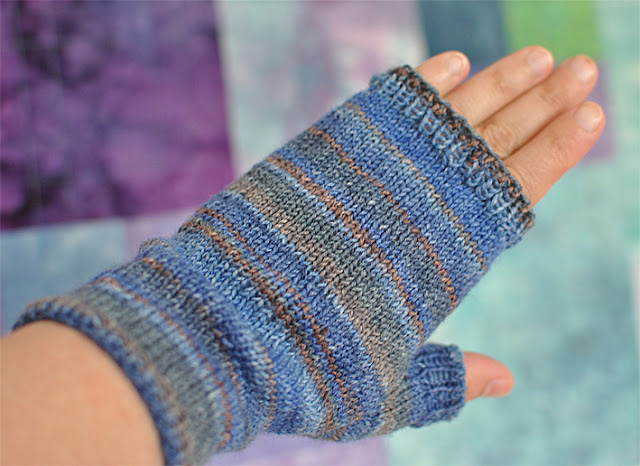 Knitting Pattern For Mittens Using Two Needles : Fingerless Mittens - Knitting Squirrel