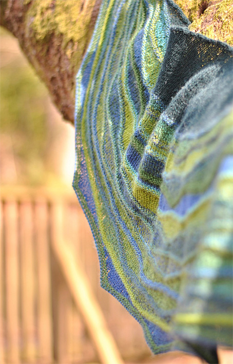 Lightwaves-Shawl-6web