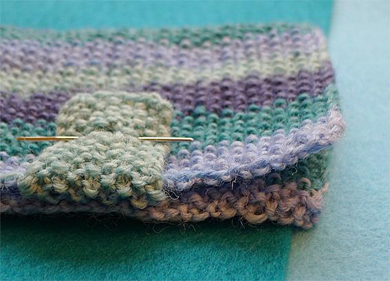 Moss-st-sewing-needlecase-5web