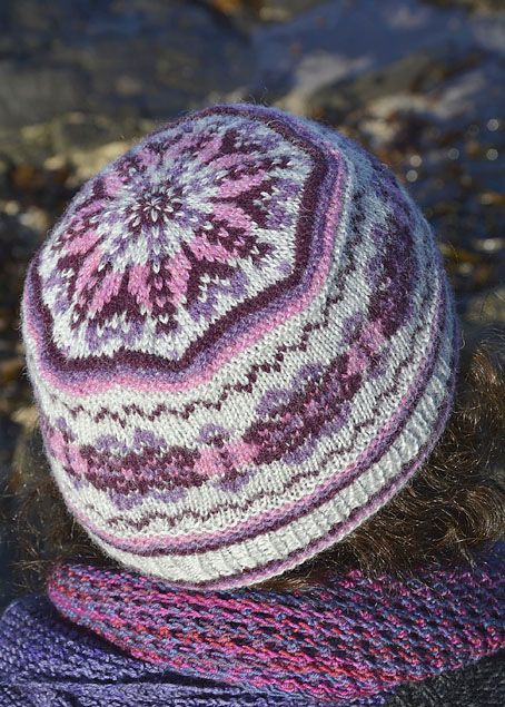 Acht Fair Isle Hat - Knitting Squirrel