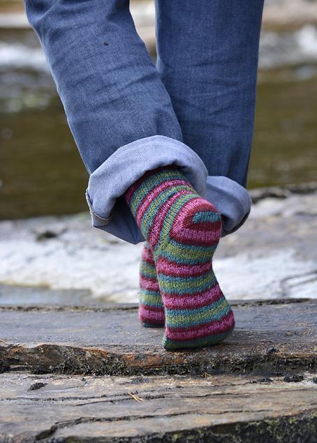 Slip Stitch Snowflake Socks 1