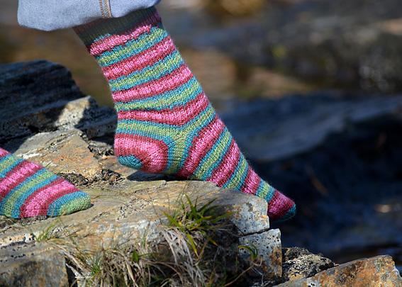 Slip Stitch Snowflake Socks 11