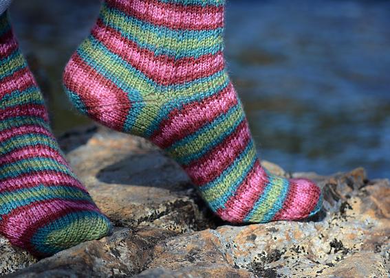 Slip Stitch Snowflake Socks 12