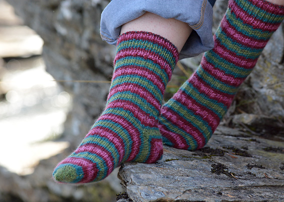 Slip Stitch Snowflake Socks 9