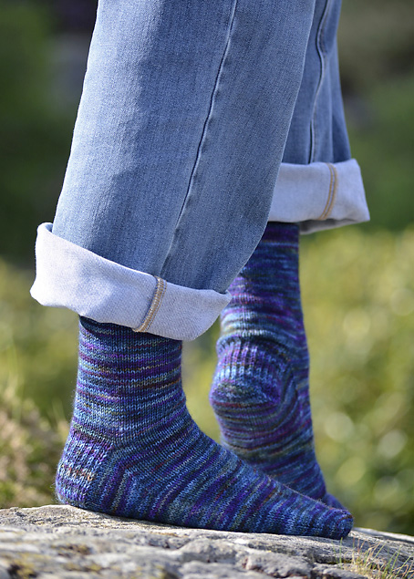 Dragonfly Hedgehog Fibres Socks