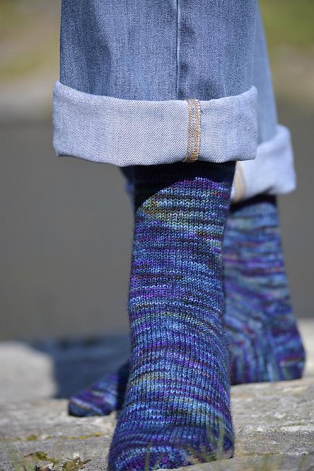 Dragonfly Hedgehog Fibres Socks