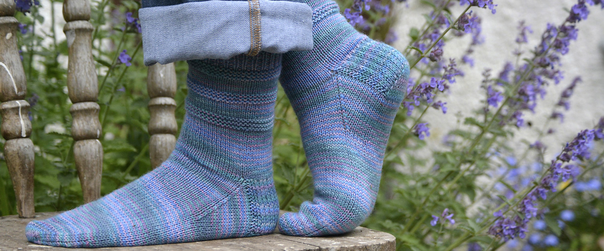 Nepeta-Socks
